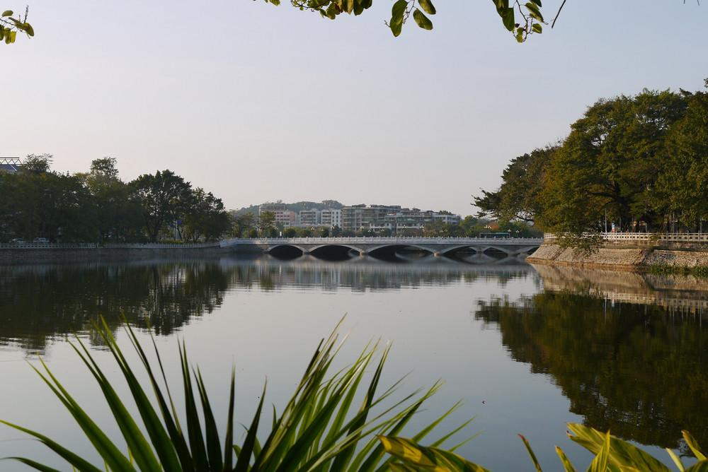 P1090885 圆通桥